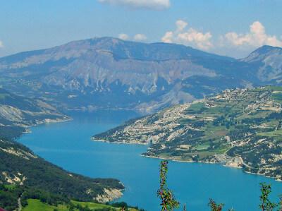 Lac Serre Poncon : Le lac de serre ponçon sur la durance